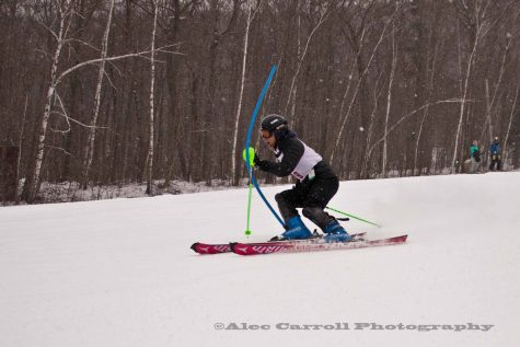 Nick Coeytaux Skis to States!