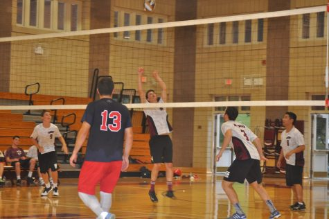 Boys' Volleyball Beats Eastchester, Struggles against Other Teams