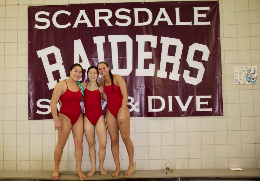 Girls' Swim and Dive Makes a Splash
