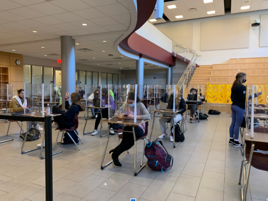 The Learning Commons is one of many options for students to have lunch inside.